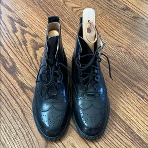 Shoes - Kenneth Cole Combat Boots